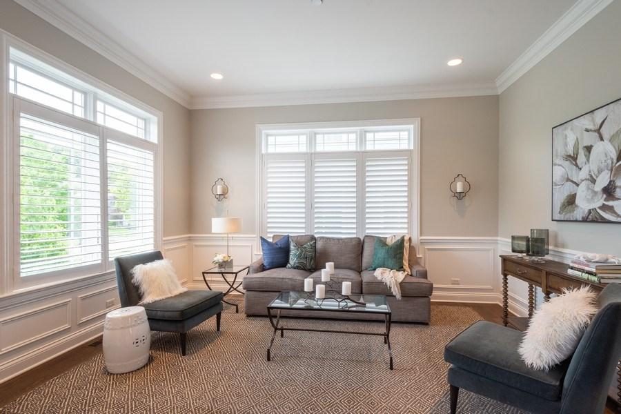 Real Estate Photography - 756 E Sunnyside Ave, Libertyville, IL, 60048 - Living Room