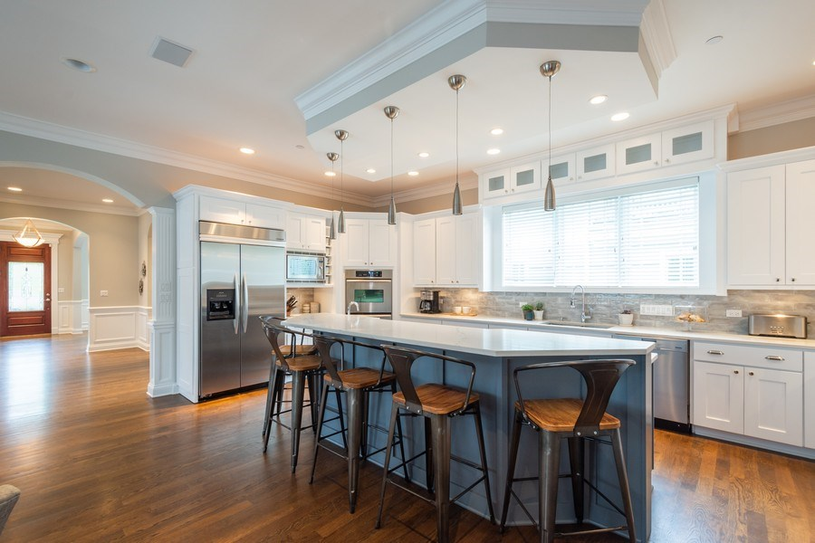 Real Estate Photography - 756 E Sunnyside Ave, Libertyville, IL, 60048 - Kitchen