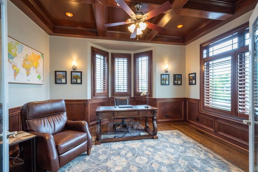 Real Estate Photography - 756 E Sunnyside Ave, Libertyville, IL, 60048 - Office