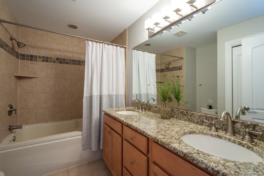 Real Estate Photography - 756 E Sunnyside Ave, Libertyville, IL, 60048 - 3rd Bathroom