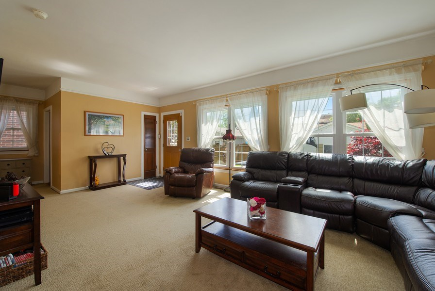Real Estate Photography - 6229 N Leona Ave, Chicago, IL, 60646 - Family Room