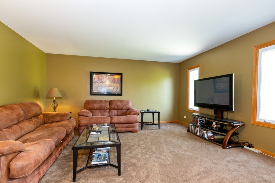 Real Estate Photography - 3975 Coneflower Cir, Coal City, IL, 60416 - Family Room