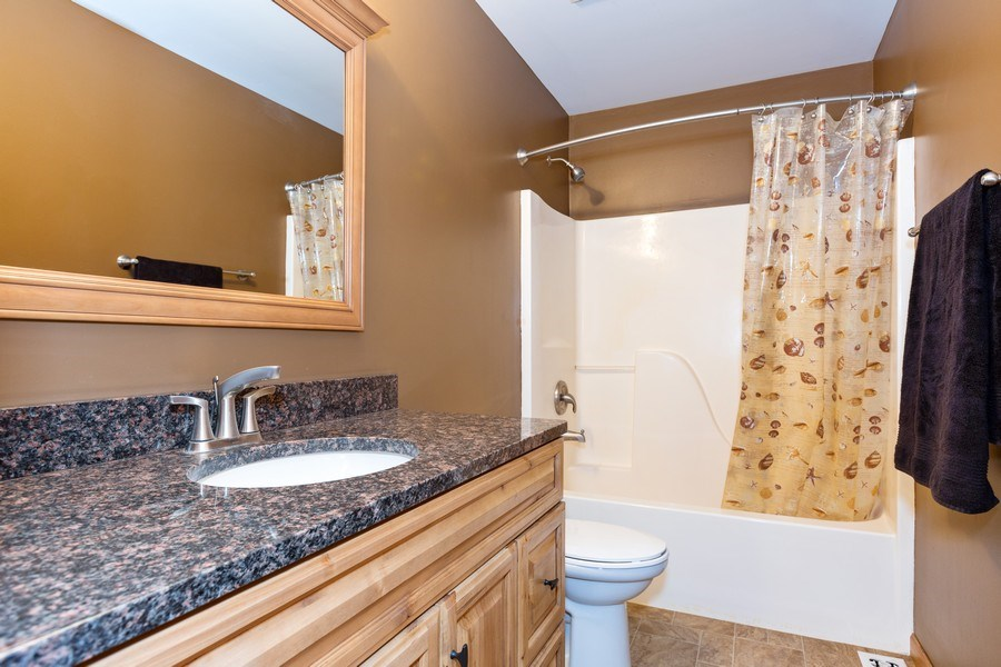Real Estate Photography - 3975 Coneflower Cir, Coal City, IL, 60416 - Bathroom