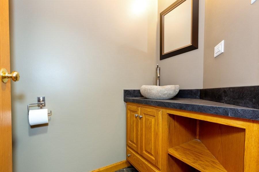 Real Estate Photography - 3975 Coneflower Cir, Coal City, IL, 60416 - 2nd Bathroom