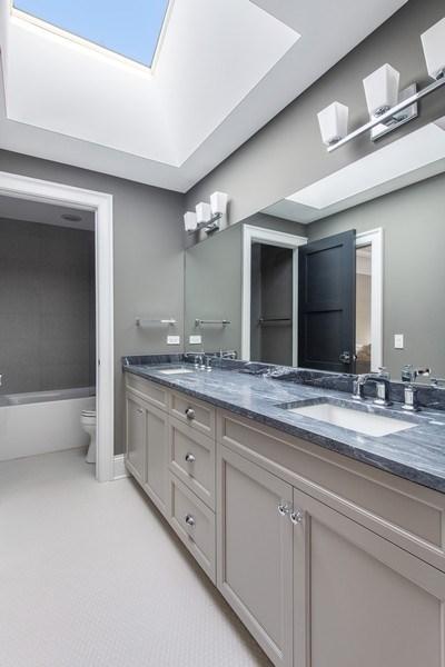 Real Estate Photography - 2019 W Wellington, Chicago, IL, 60618 - Full Bath