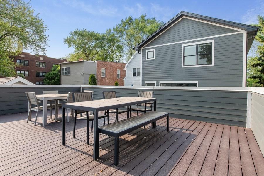 Real Estate Photography - 2019 W Wellington, Chicago, IL, 60618 - Deck