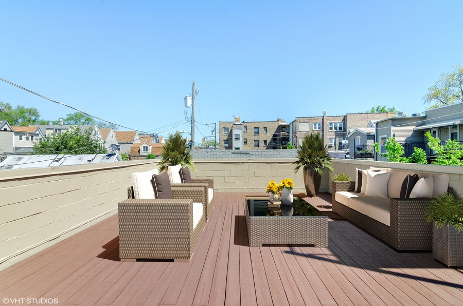 Real Estate Photography - 3104 N Kimball, Unit 2N, Chicago, IL, 60618 -
