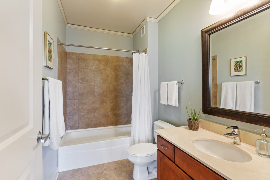 Real Estate Photography - 225 N Columbus Dr, Unit 6708, Chicago, IL, 60601 - 2nd Bathroom