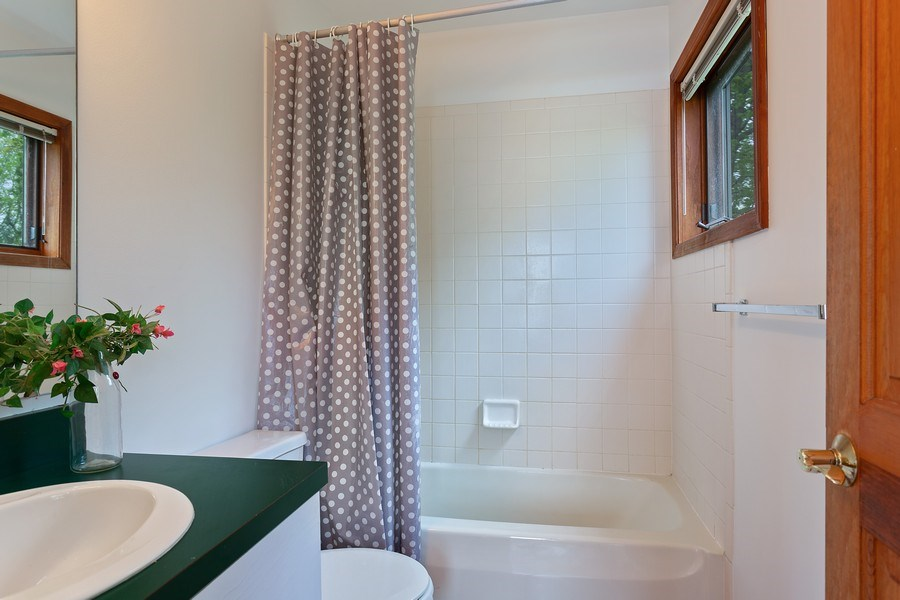 Real Estate Photography - 15492 Lakeshore, Lakeside, MI, 49116 - Master Bathroom