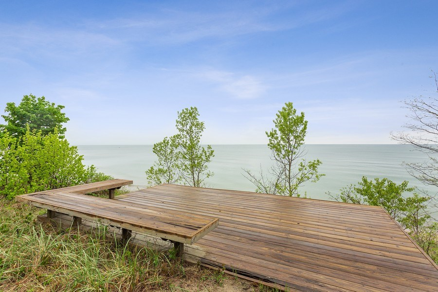 Real Estate Photography - 15492 Lakeshore, Lakeside, MI, 49116 - Sun Deck