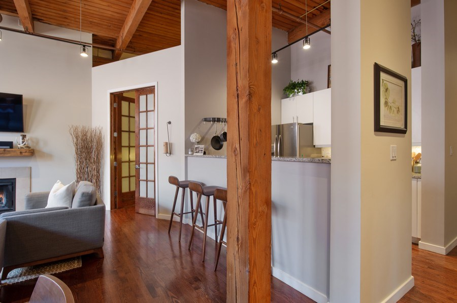 Real Estate Photography - 420 W. Grand Ave., #5B, Chicago, IL, 60654 - Kitchen / Breakfast Room