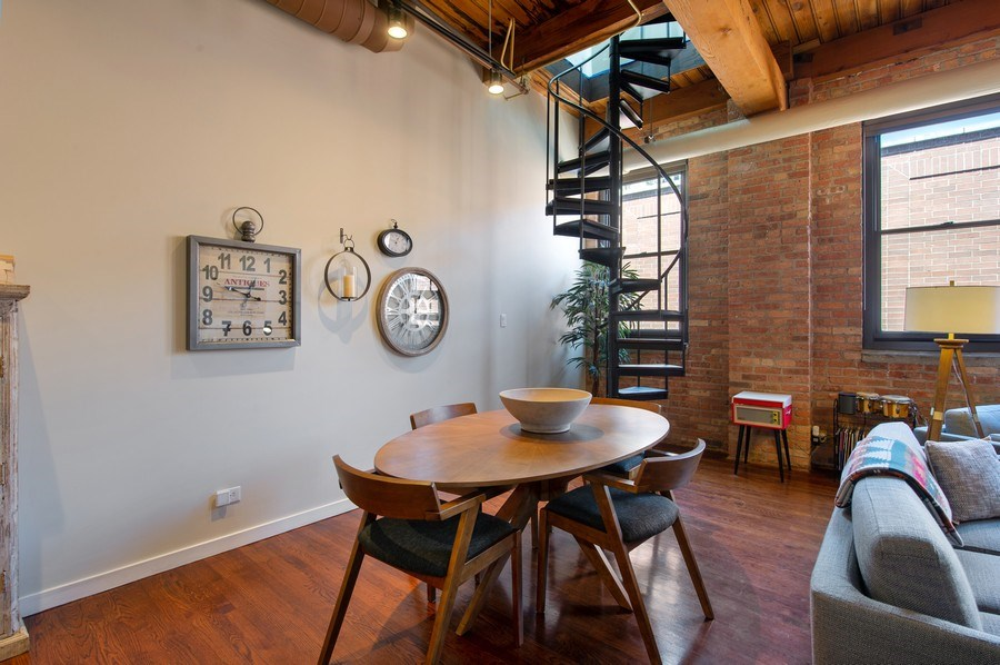 Real Estate Photography - 420 W. Grand Ave., #5B, Chicago, IL, 60654 - Dining Room