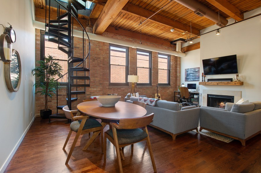 Real Estate Photography - 420 W. Grand Ave., #5B, Chicago, IL, 60654 - Living Room / Dining Room