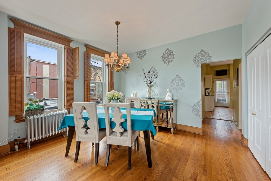Real Estate Photography - 815 W. Dickens Ave #2E, Chicago, IL, 60614 - Dining Room