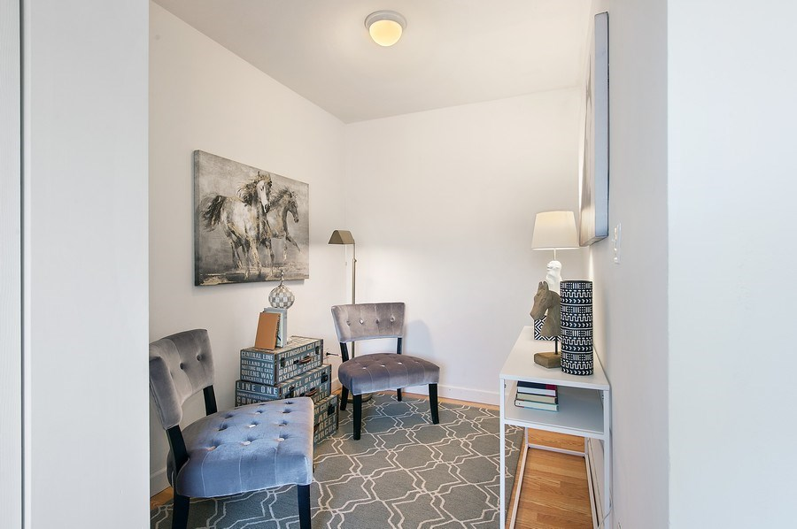 Real Estate Photography - 900 W. Fullerton #5A, Chicago, IL, 60614 - 2nd Bedroom