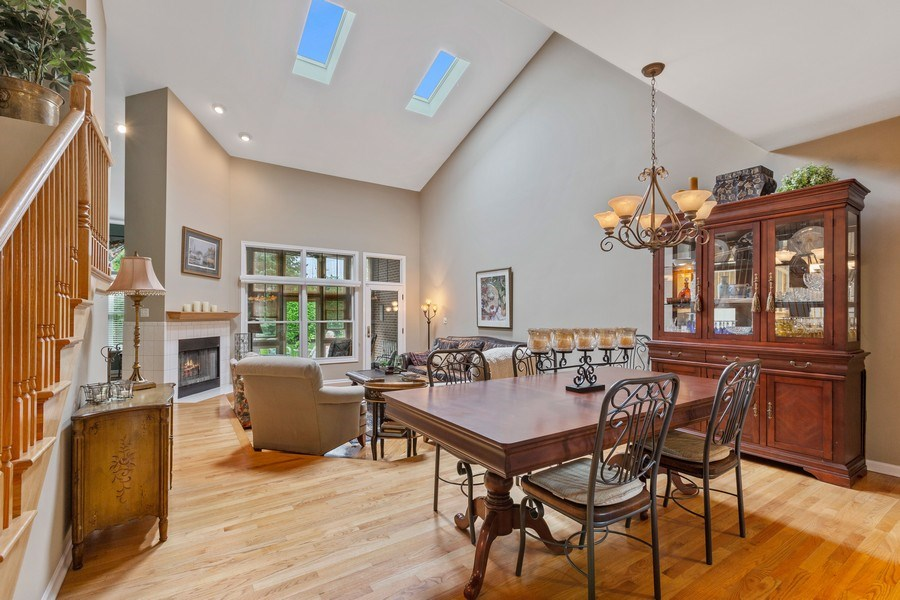 Real Estate Photography - 21685 Cappel Ln, Frankfort, IL, 60423 - Dining Room