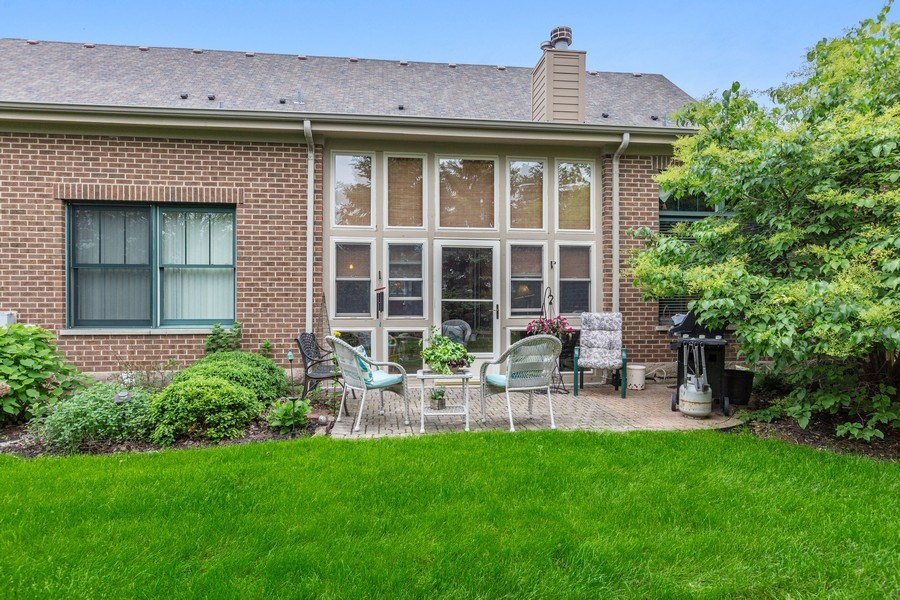 Real Estate Photography - 21685 Cappel Ln, Frankfort, IL, 60423 - Rear View
