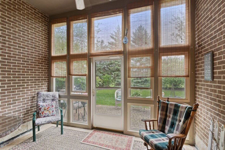 Real Estate Photography - 21685 Cappel Ln, Frankfort, IL, 60423 - Porch