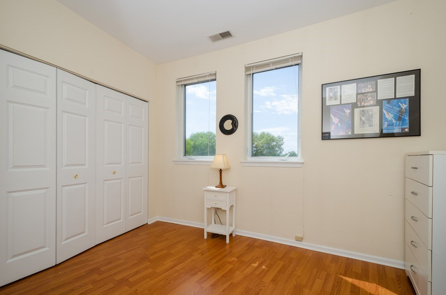 Real Estate Photography - 7742 N. Sheridan 3R, Chicago, IL, 60626 - 2nd Bedroom