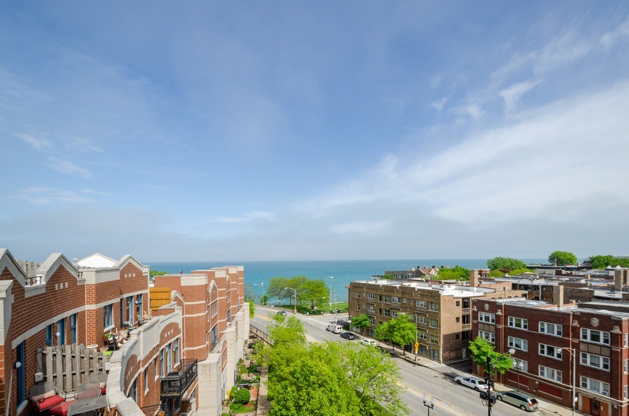 Real Estate Photography - 7742 N. Sheridan 3R, Chicago, IL, 60626 -