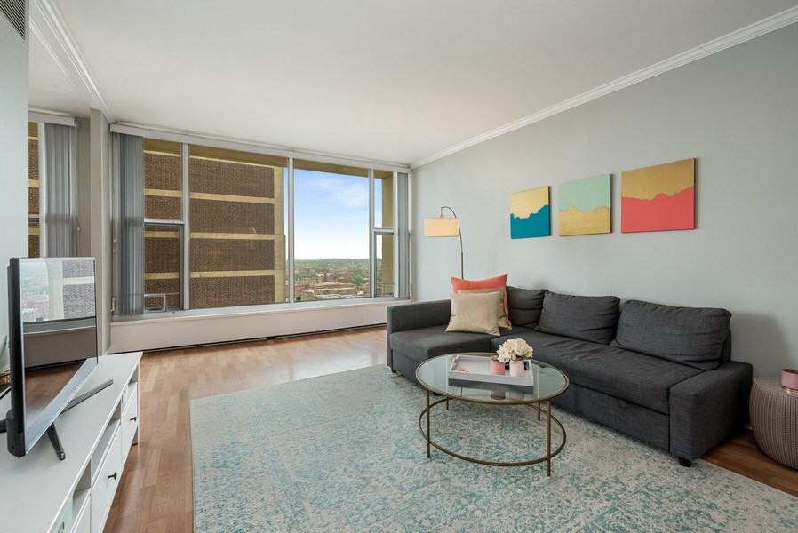 Real Estate Photography - 3200 N LAKE SHORE DRIVE, 2003, CHICAGO, IL, 60657 - Living Room