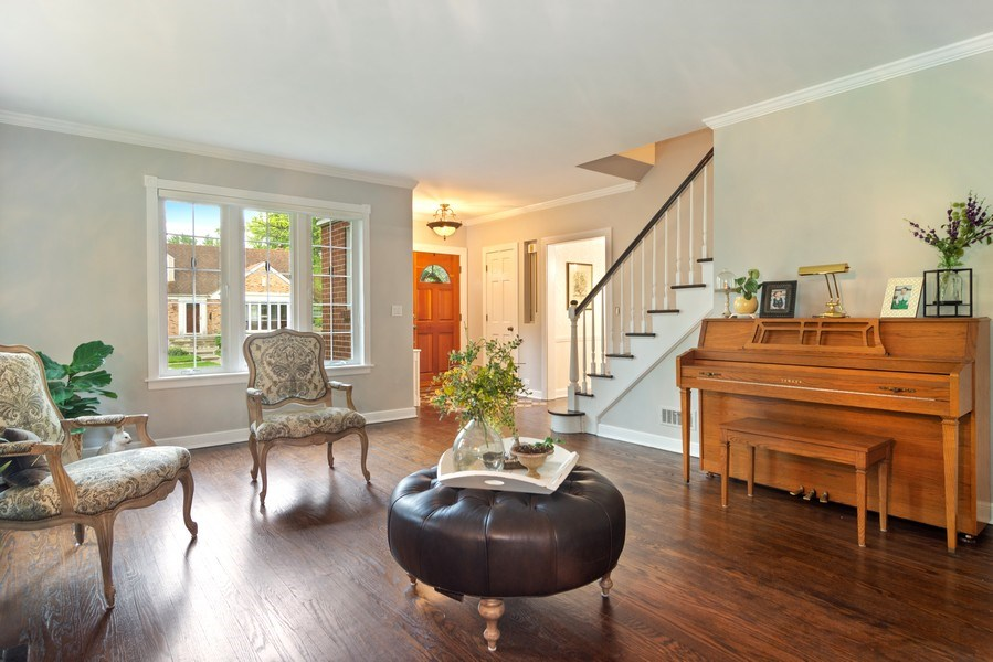 Real Estate Photography - 222 S Albert St, Mount Prospect, IL, 60056 - Living Room