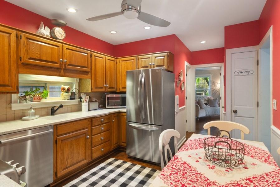 Real Estate Photography - 222 S Albert St, Mount Prospect, IL, 60056 - Kitchen