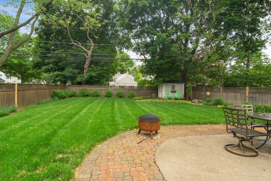 Real Estate Photography - 222 S Albert St, Mount Prospect, IL, 60056 - Patio