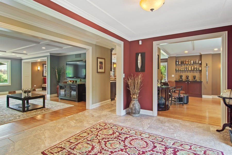 Real Estate Photography - 1231 W Heather, Arlington Heights, IL, 60005 - Foyer