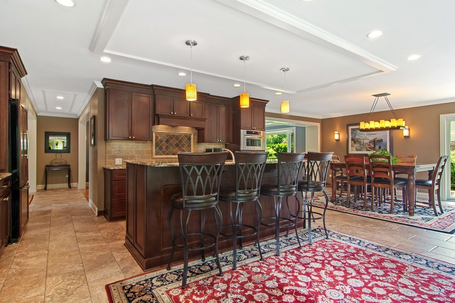 Real Estate Photography - 1231 W Heather, Arlington Heights, IL, 60005 - Kitchen