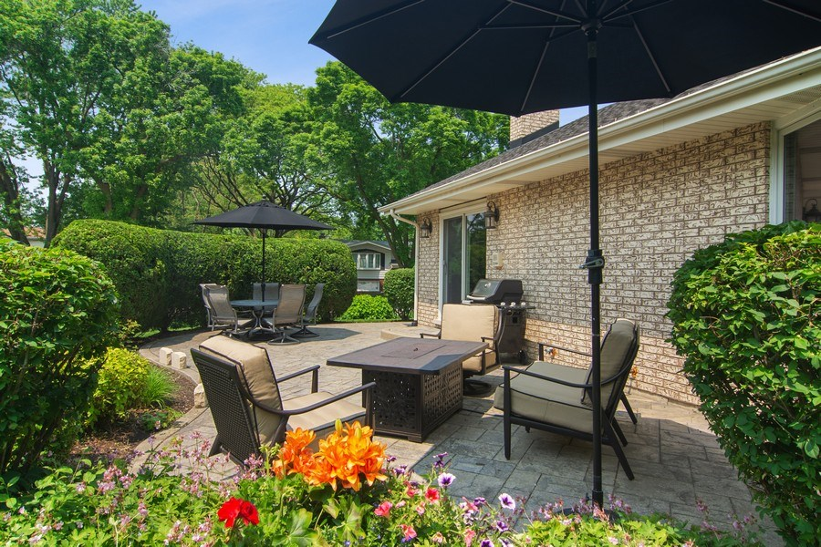 Real Estate Photography - 1231 W Heather, Arlington Heights, IL, 60005 - Patio
