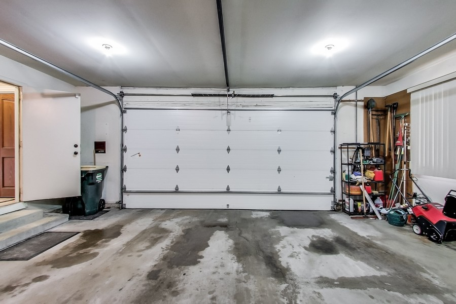 Real Estate Photography - 1231 W Heather, Arlington Heights, IL, 60005 - Garage RV