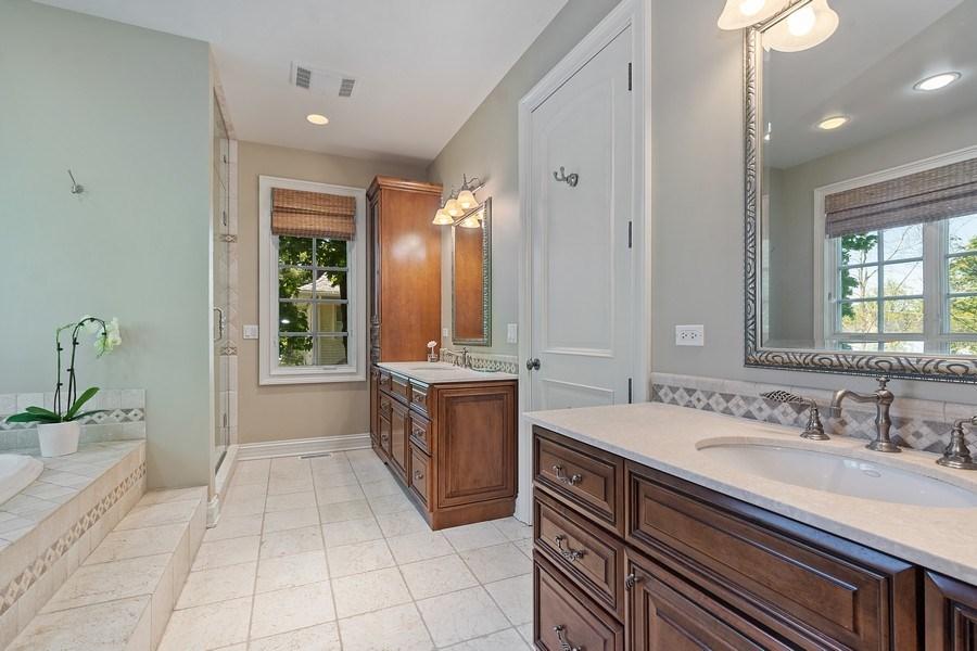 Real Estate Photography - 205 Laurel, Highland Park, IL, 60035 - Master Bathroom