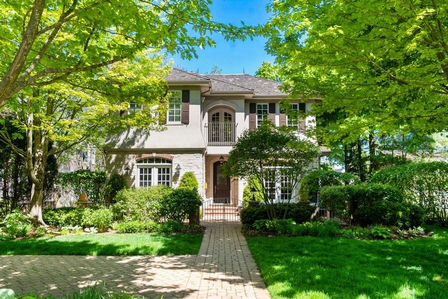 Real Estate Photography - 205 Laurel, Highland Park, IL, 60035 - Exterior Front