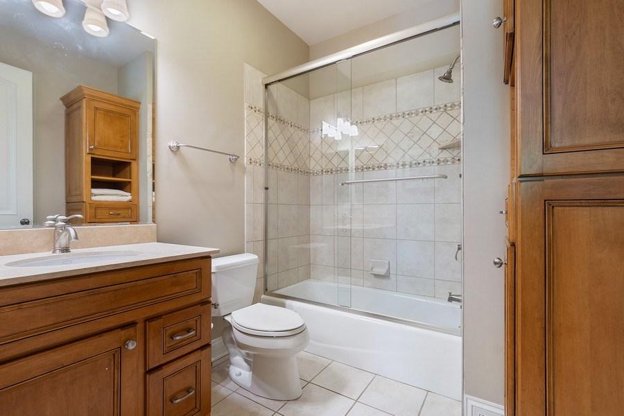 Real Estate Photography - 205 Laurel, Highland Park, IL, 60035 - En-Suite Bathroom
