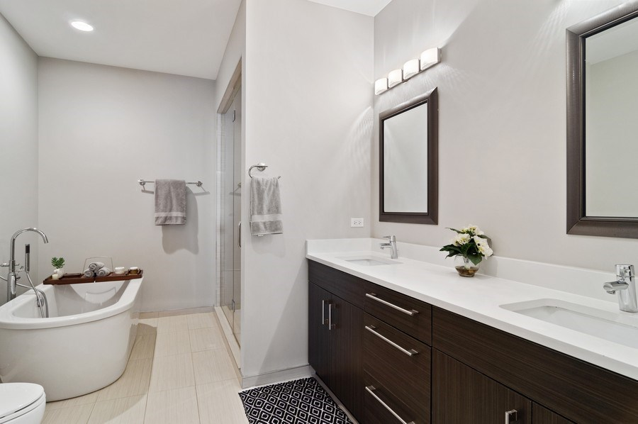 Real Estate Photography - 1536 W. Walton St, 1, Chicago, IL, 60642 - Master Bathroom