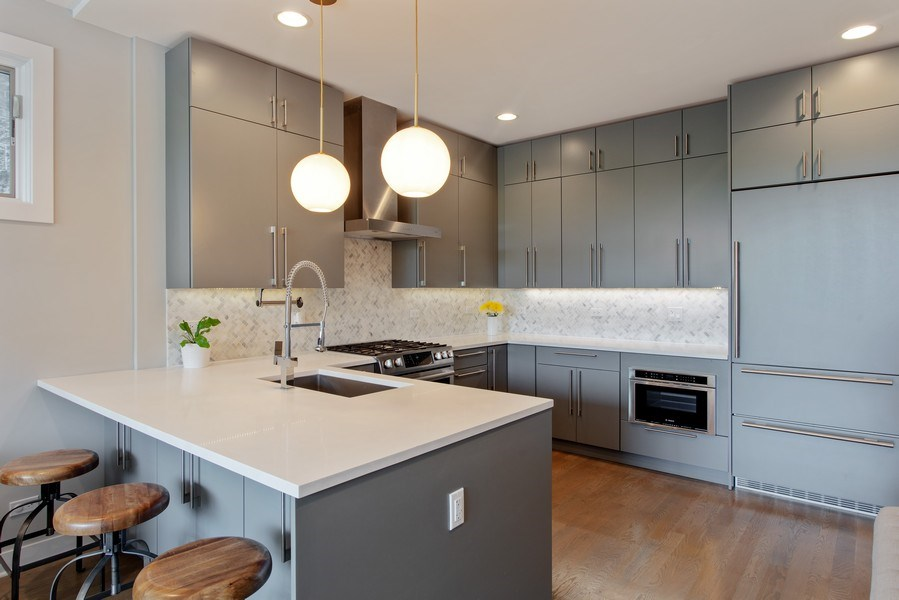 Real Estate Photography - 1459 W Grand Ave, 1, Chicago, IL, 60642 - Kitchen