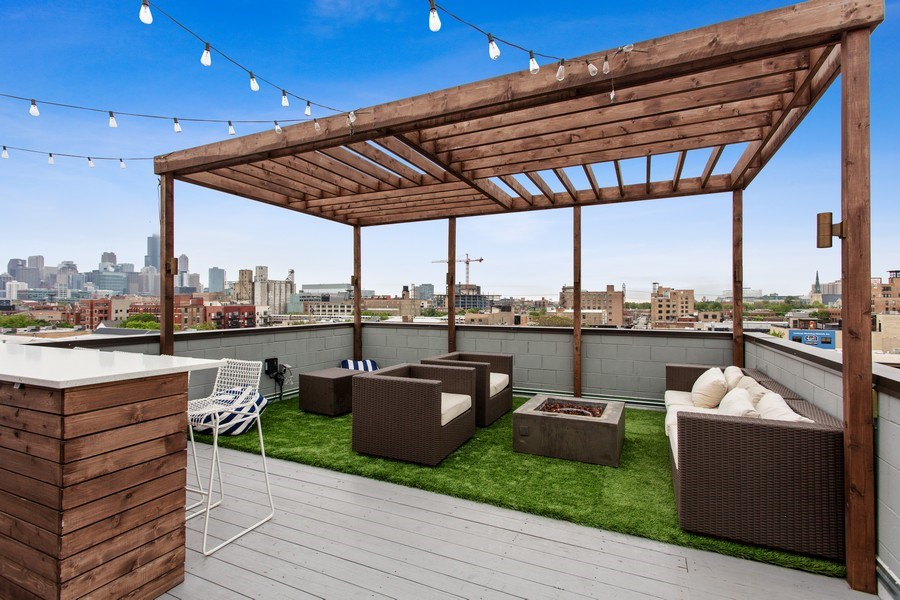 Real Estate Photography - 1459 W Grand Ave, 1, Chicago, IL, 60642 -