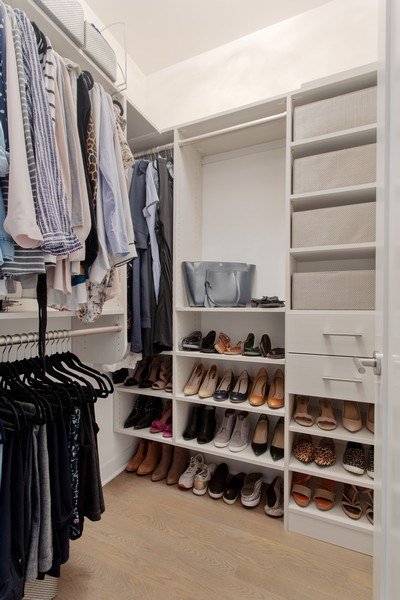 Real Estate Photography - 1459 W Grand Ave, 1, Chicago, IL, 60642 - Closet