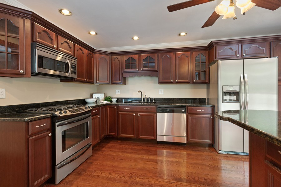 Real Estate Photography - 30 Whittington Course, St Charles, IL, 60174 - Kitchen