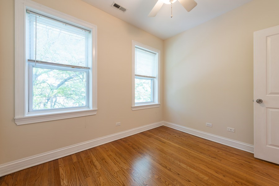 Real Estate Photography - 7054 N Damen Ave, Unit 3, Chicago, IL, 60626 - Bedroom