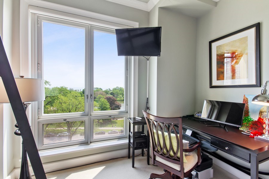 Real Estate Photography - 2550 N Lakeview, N703, Chicago, IL, 60614 - Second Bedroom