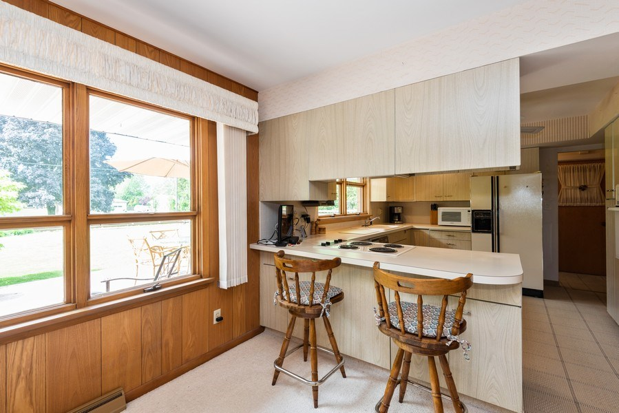 Real Estate Photography - 1400 Hickory Dr, St Joseph, MI, 49085 - Kitchen