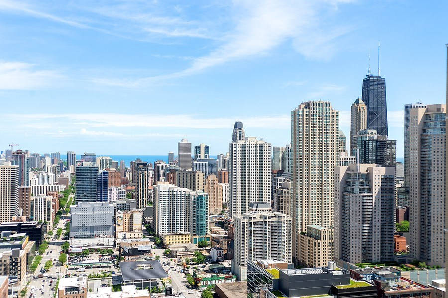 Real Estate Photography - 345 N LaSalle, unit 4602, Chicago, IL, 60654 - View