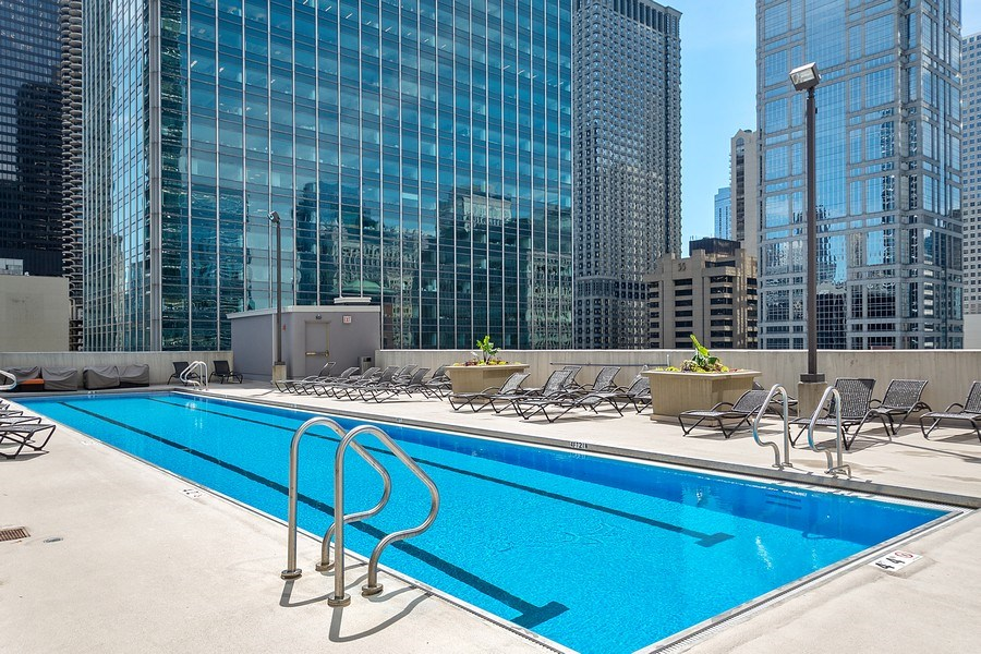 Real Estate Photography - 345 N LaSalle, unit 4602, Chicago, IL, 60654 - Pool