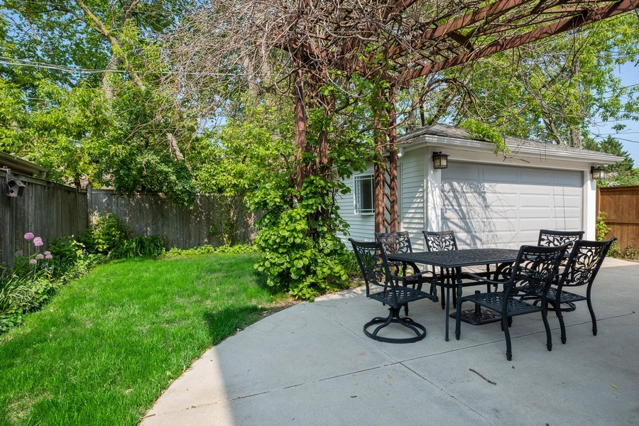Real Estate Photography - 451 Broadview, Highland Park, IL, 60035 - Back Yard