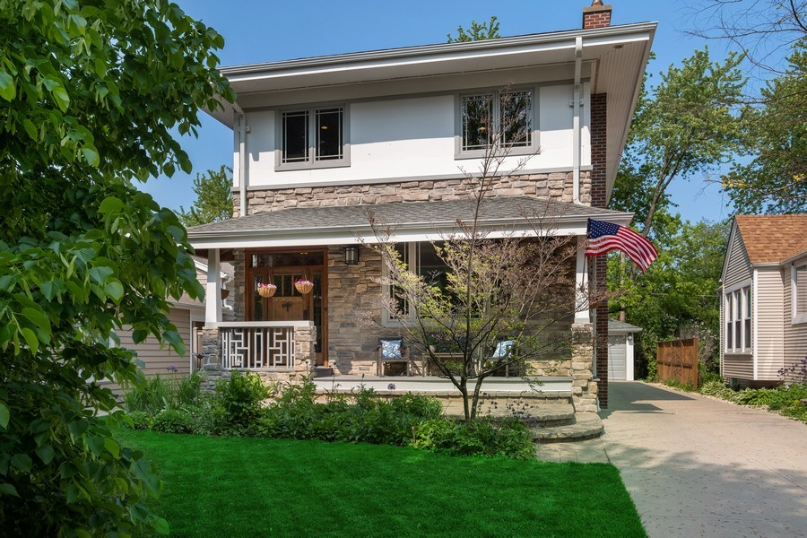 Real Estate Photography - 451 Broadview, Highland Park, IL, 60035 - Front View