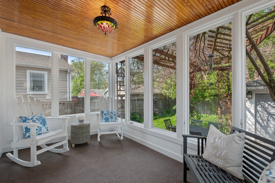 Real Estate Photography - 451 Broadview, Highland Park, IL, 60035 - Sun Room