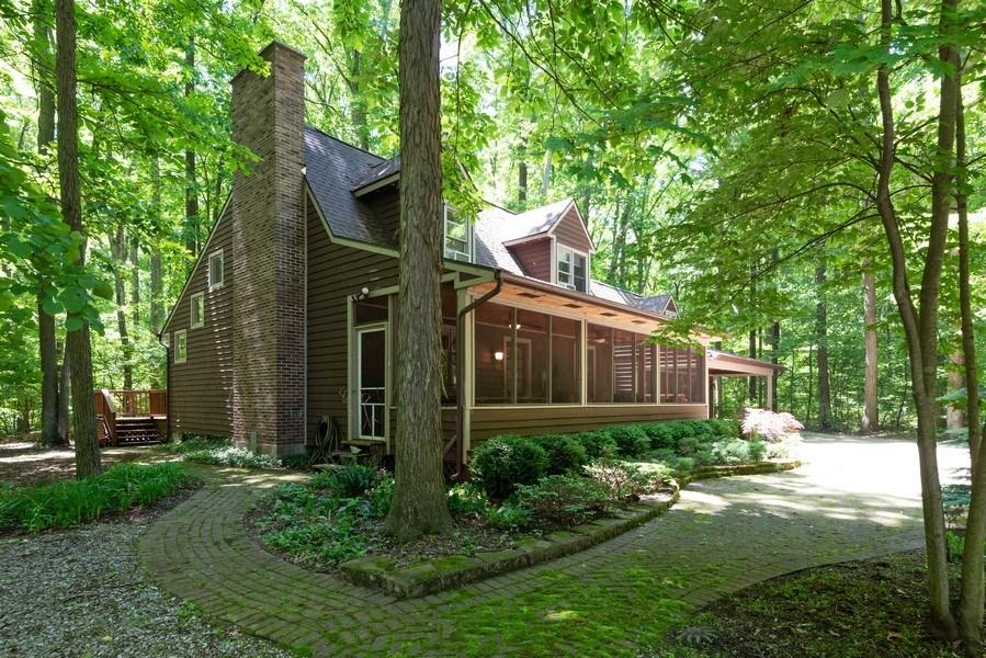 Real Estate Photography - 401 E Madison Ave, New Buffalo, MI, 49117 - Side View