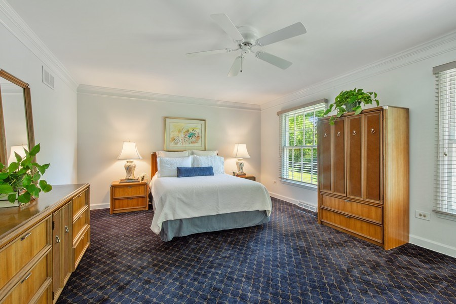 Real Estate Photography - 308 Grayfriars Ln, Inverness, IL, 60067 - 2nd Bedroom